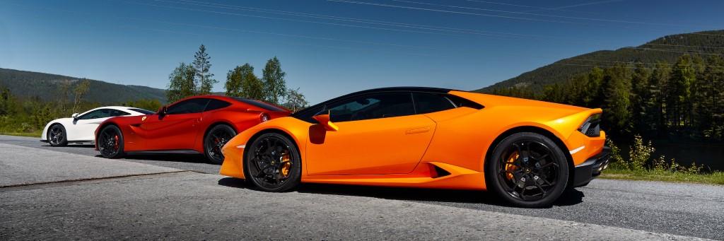 Supercars Lamborghini Ferrari McLaren
