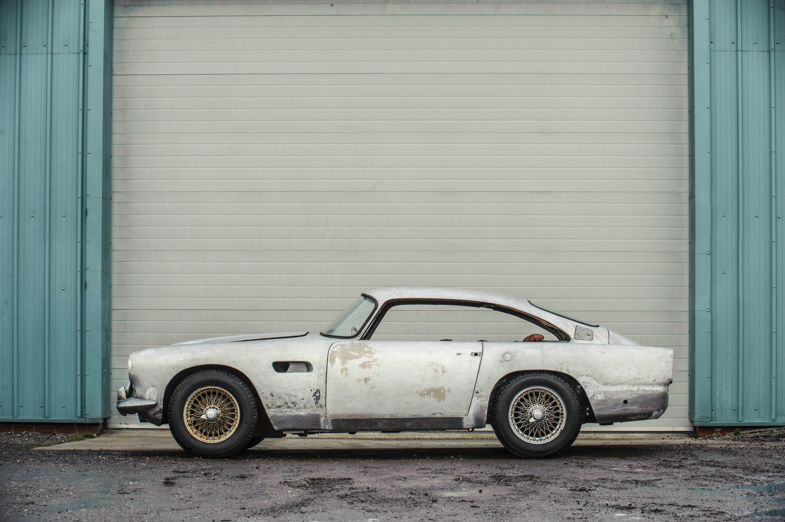 Aston Martin DB Project Restoration