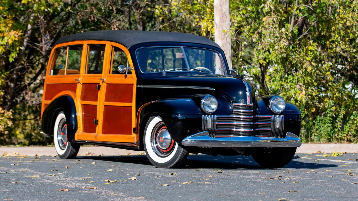 1940 Oldsmobile Series 70 Woody