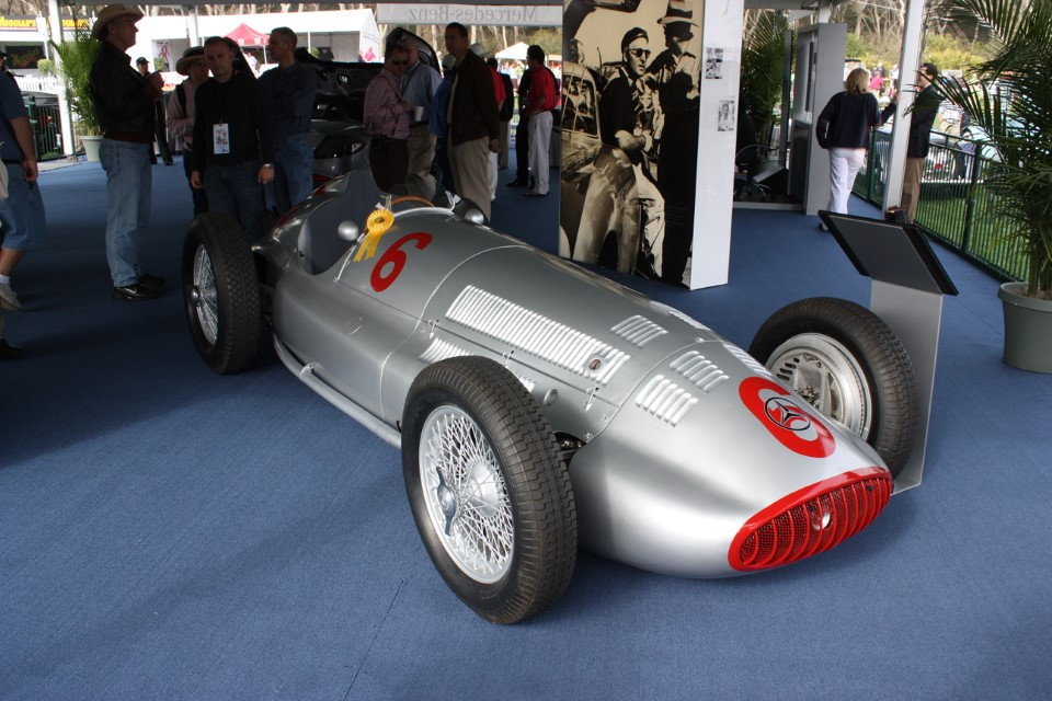 Mercedes-Benz W196 Formula 1 F1 Race Car
