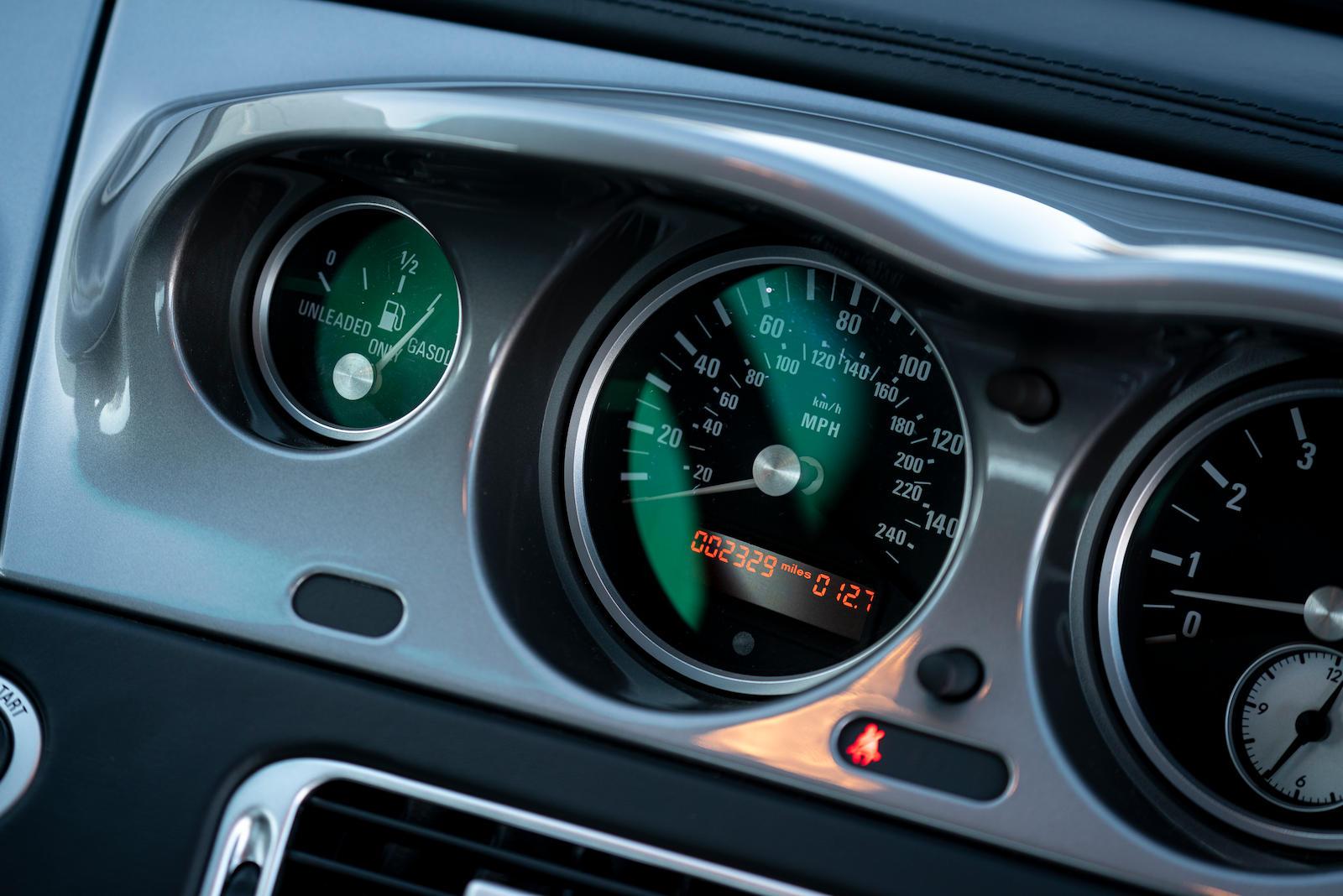 BMW Z8 digital odometer