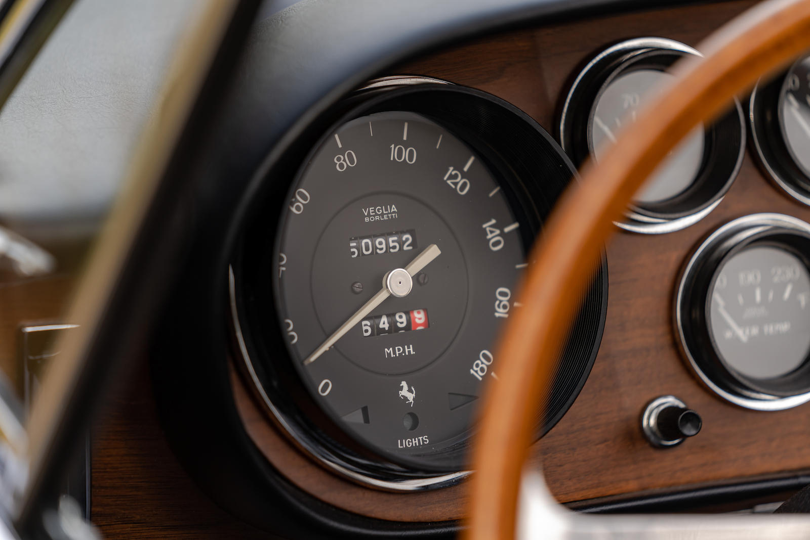 Ferrari 330 GTC Odometer