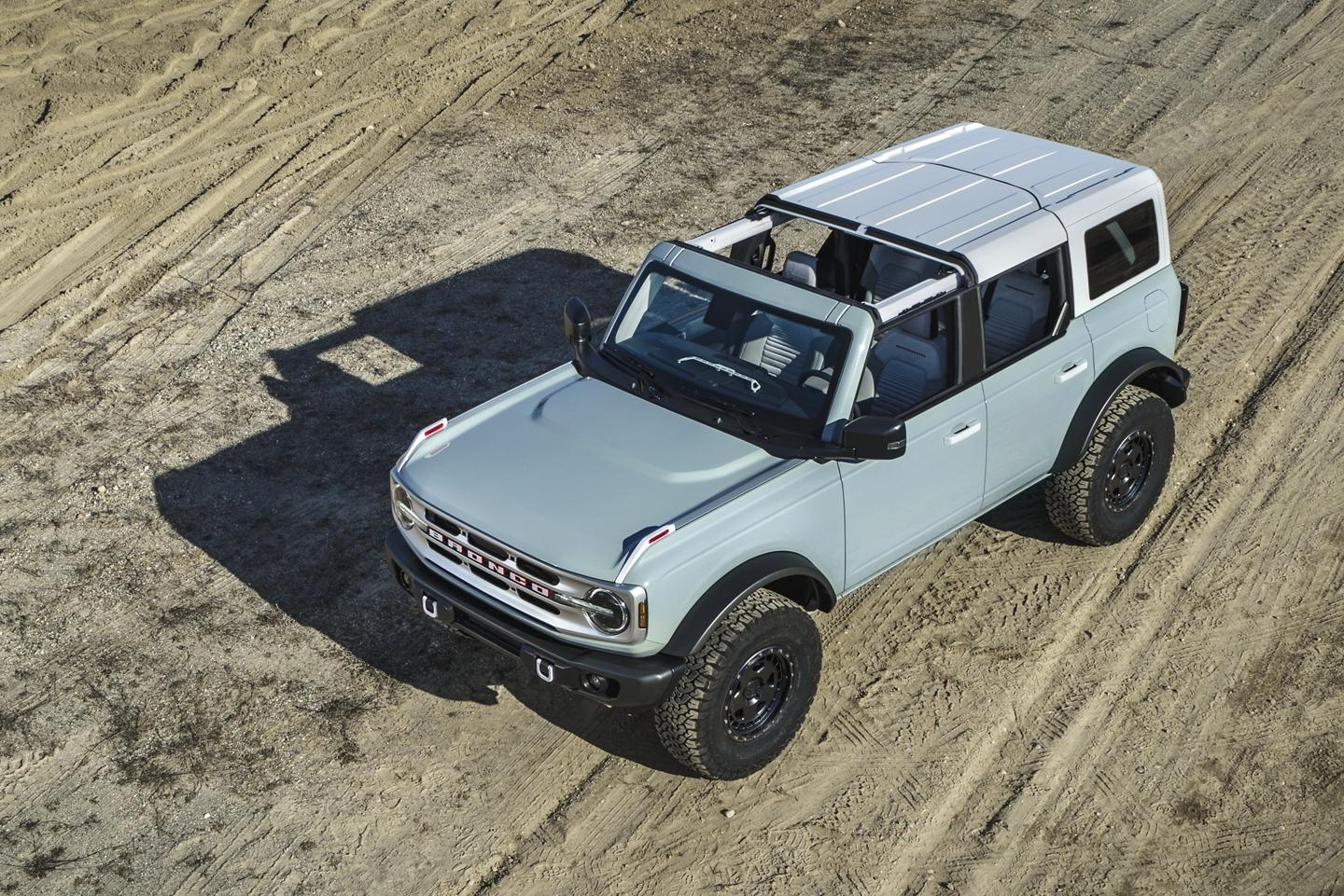 new Bronco, sixth-generation Ford Bronco, sixth-generation Bronco, new Bronco, Cactus Gray, Cactus Grey, 2021 Ford Bronco, 2021 Bronco