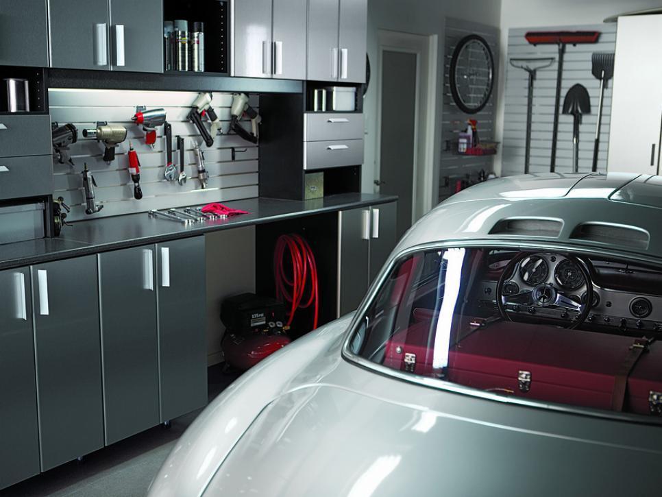 Mercedes-Benz 300SL Garage