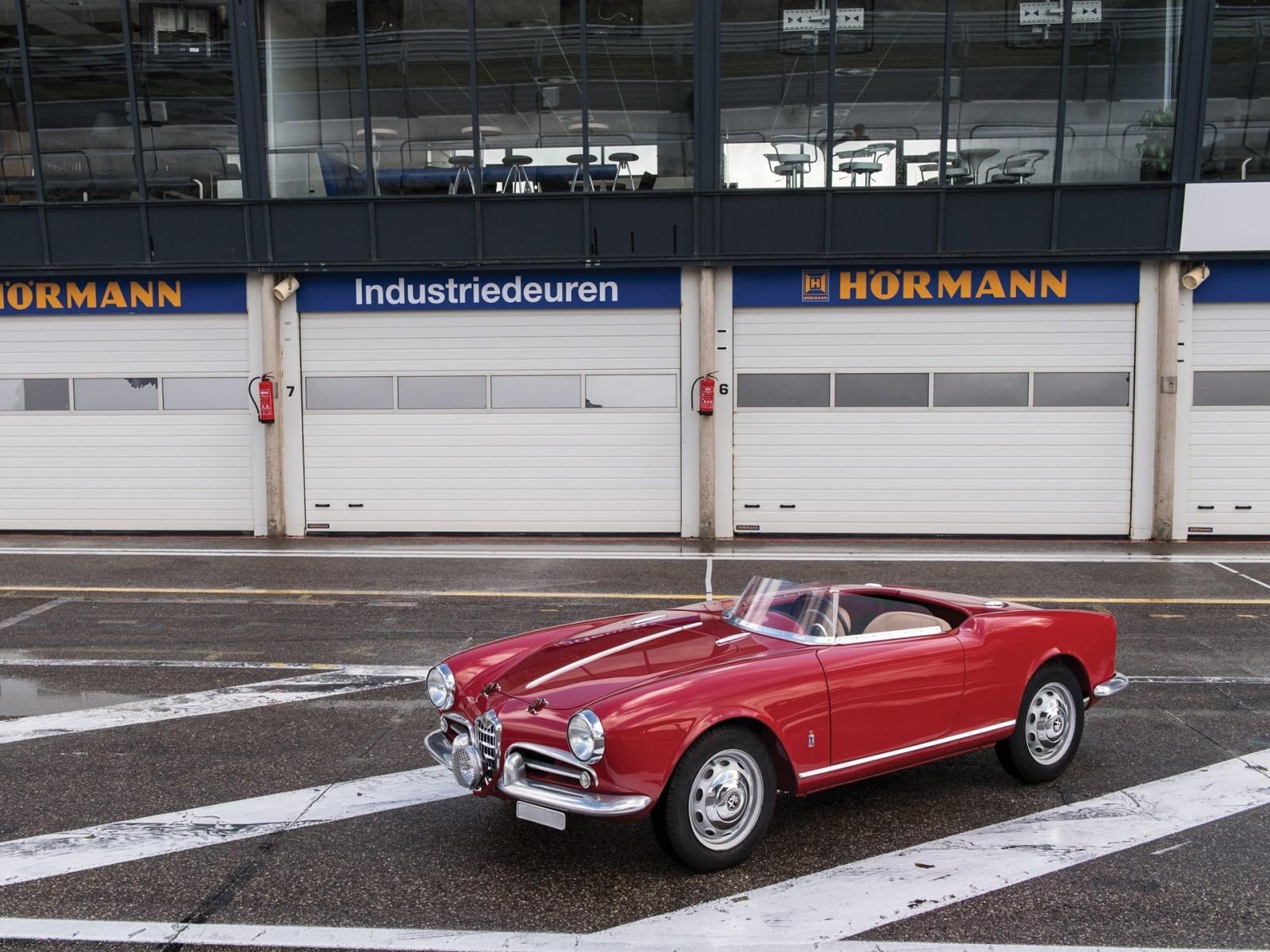 1957 Alfa Romeo Giulietta 750G Spider Competizione