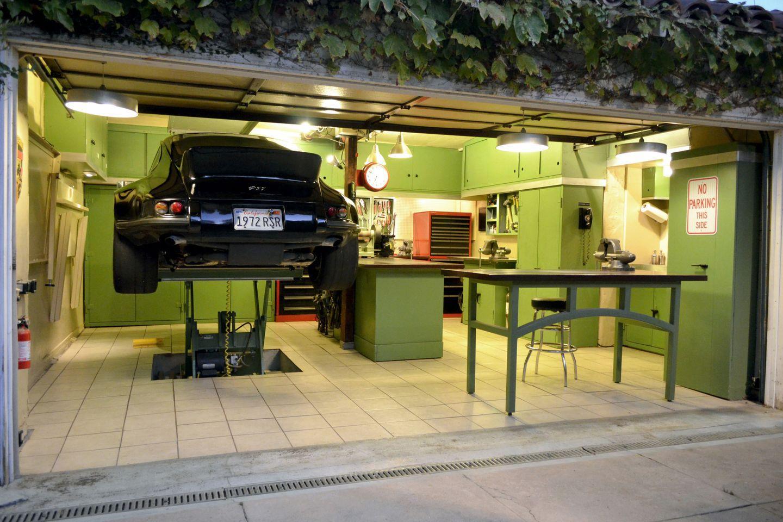12-Guage Garage