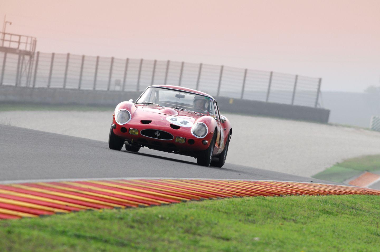 Ferrari 250 GTO racing