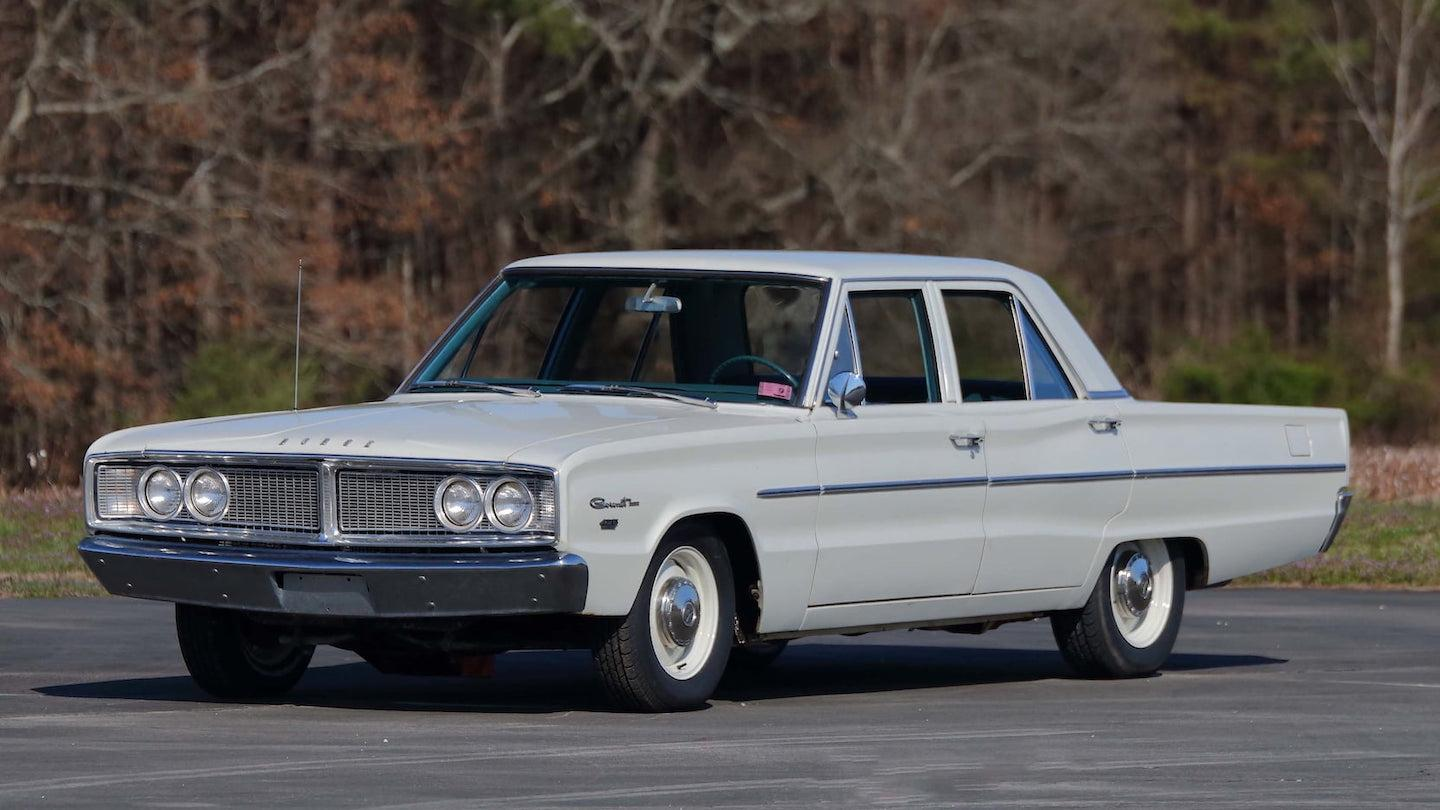 1966 Dodge Coronet four-door 426 Hemi