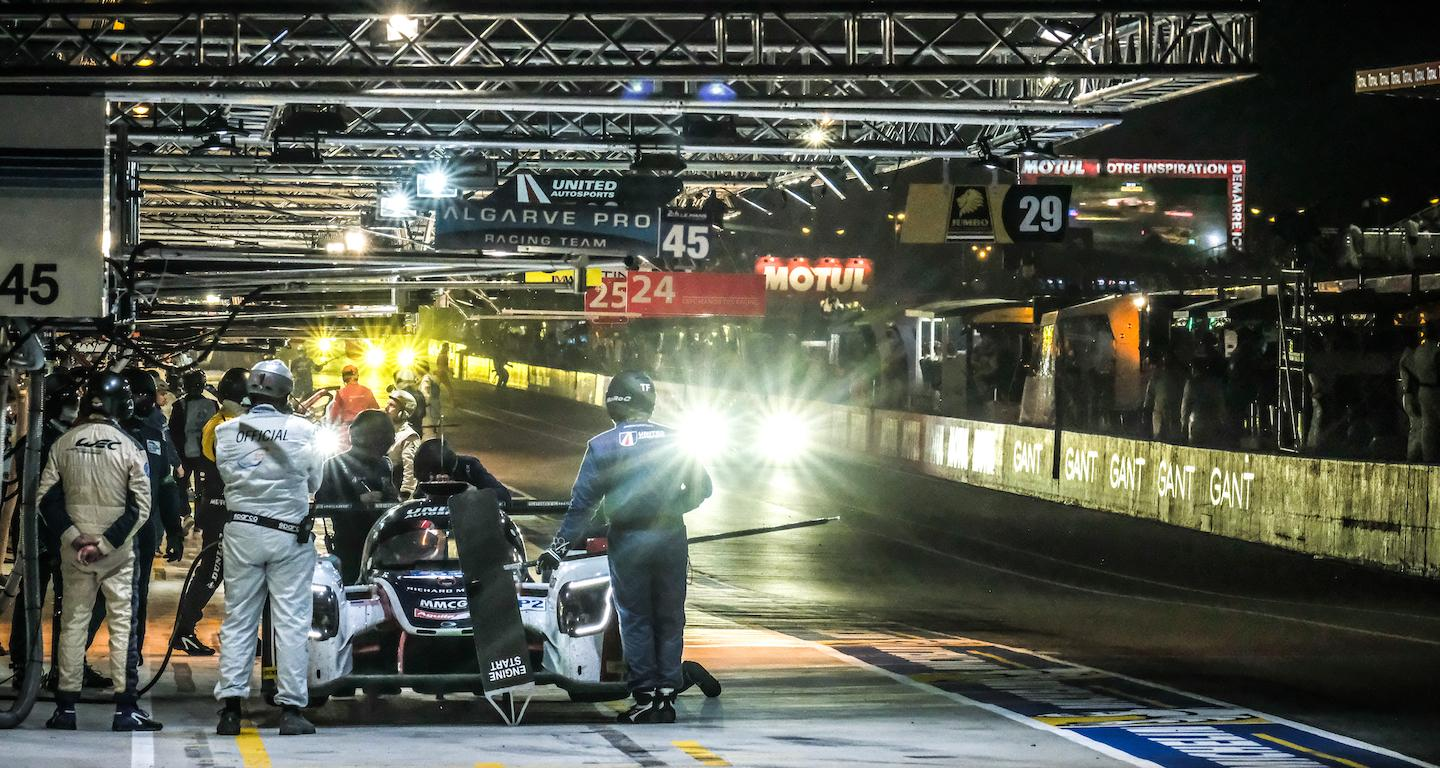 24 hours le mans night